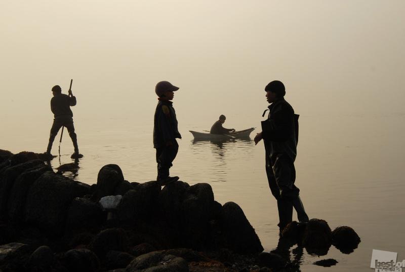 Чукотка. Побережье Берингова моря. Ловцы крабов