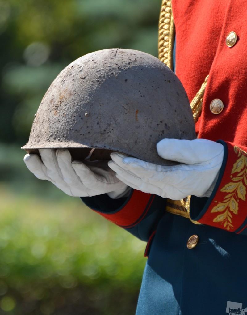Перезахоронение останков защитников Сталинграда на Мамаевом кургане