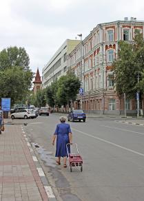 На улице уездного города Саратова