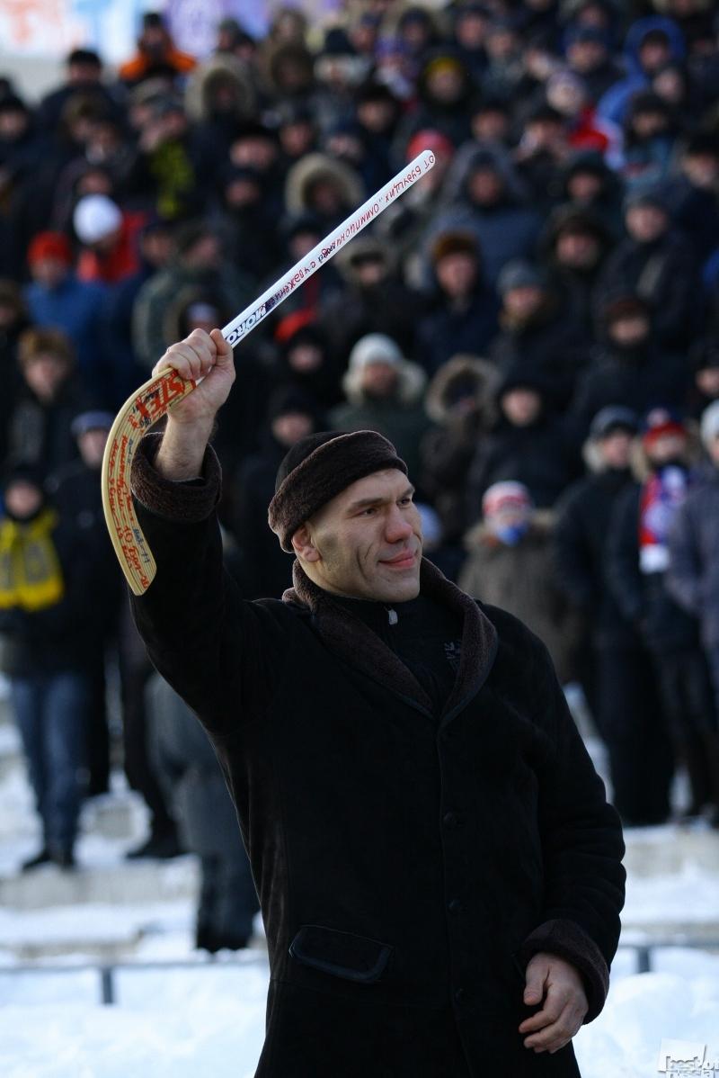 Валуев-хоккеист