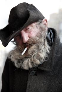 Человек в шляпе...