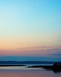 Вечер на озере Селигер