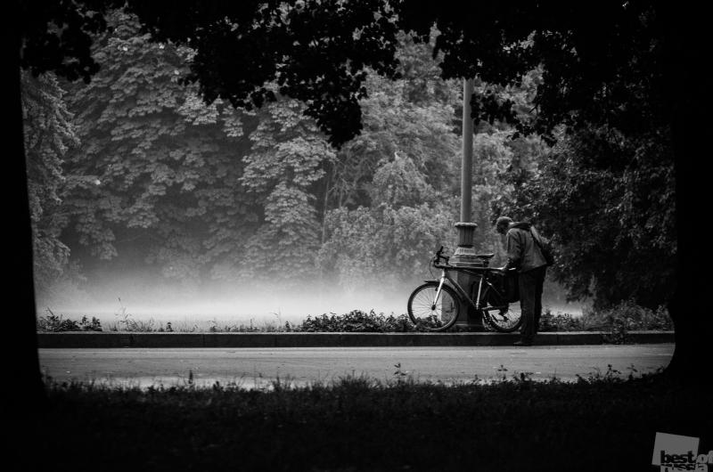 Велосипедист в тумане