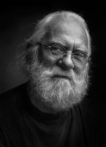 Портрет художника Н.Сычева