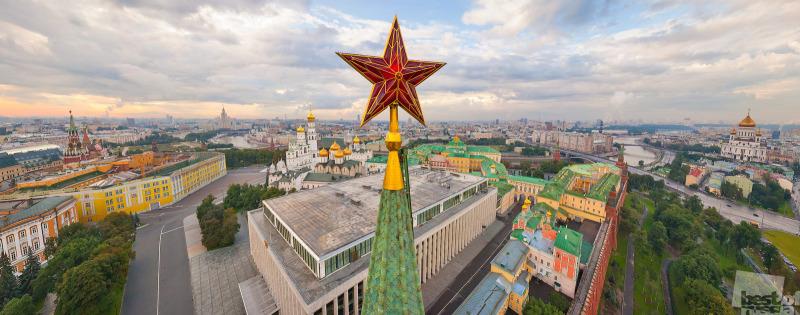 Кремль. Звезда Троицкой башни.