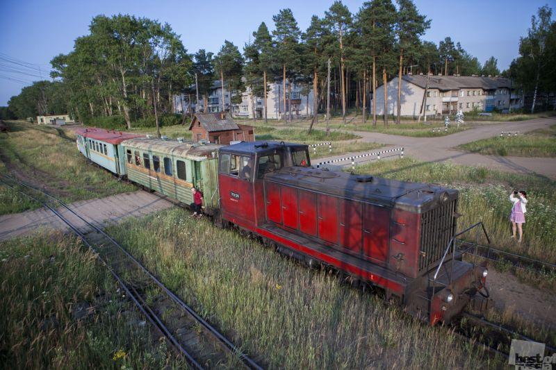 Вечерний поезд в город