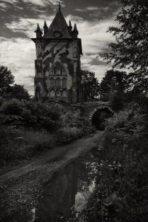 Заколдованный замок