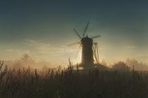 Мельница в тумане