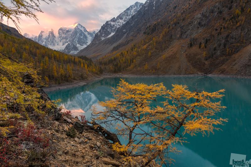 Восход на Шавлинском озере.