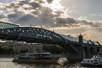 Мост встреч и расставаний.