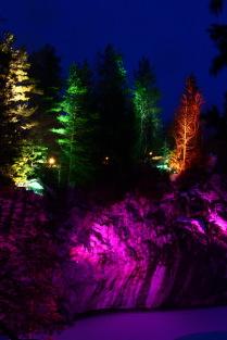 Мраморный каньон зимней ночью