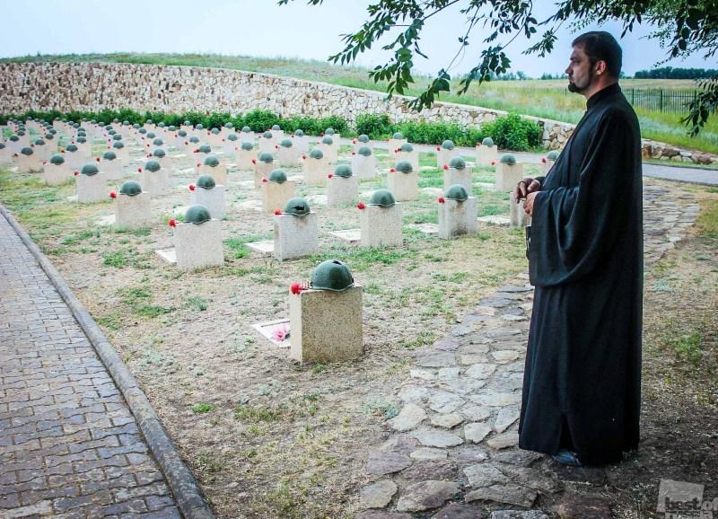Перезахоронение героев красноармейцев