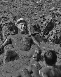 Из князей — в грязи.