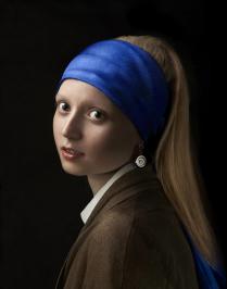 Девушка с сережкой