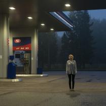 Девушка на бензоколонке