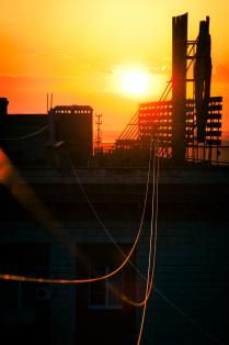 Солнце в проводах