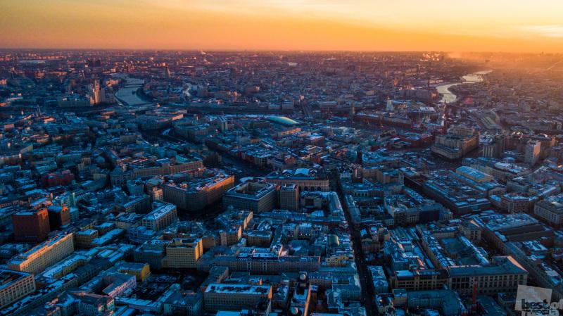 Закат в большом городе