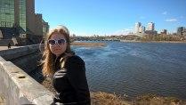 Милая девушка у реки Миасс.