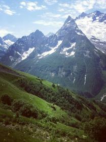Горы зовут тех,чья душа им по росту.
