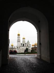 Вид на Ивана Великого из Спасских ворот