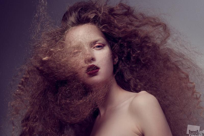 Сквозь волосы