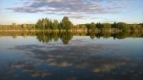 Зеркальный пруд