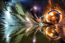 Свет в середине тоннеля