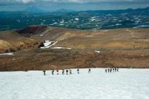 Туристы покоряют вулкан Мутновский.Камчатка