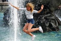 Полёт над фонтаном