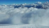 гора Эльбрус, 5000 м.