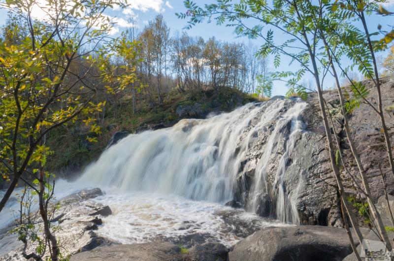 водопад на реке Лавне
