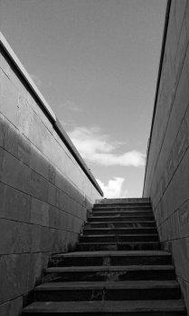 Наверх по лестнице...