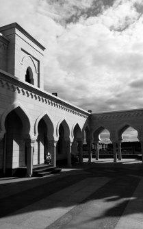 Фрагмент белокаменной мечети.