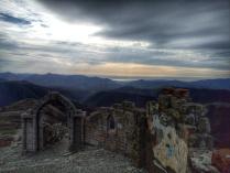 Руины в горах