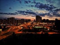 Когда на город опускается ночь