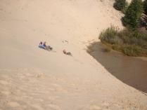 Крутые барханы и зыбучие пески