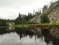 Белокаменные скалы реки Полты