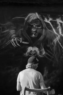 Изображая смерть