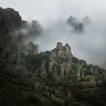 Каменные стражи Демерджи