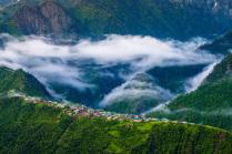 Свежее утро в горах