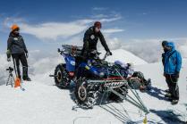 Мировой рекорд! Первый квадроцикл, заехавший на вершину Эльбруса!