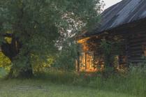 Дом, где когда-то были бабушка и дед...