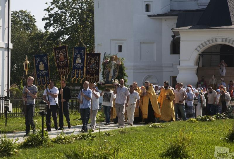 Крестный ход в честь Николы Верейского