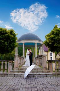 Белый Зонтик на свадьбе в Королеве