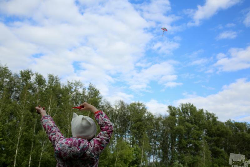 Детское счастье полета