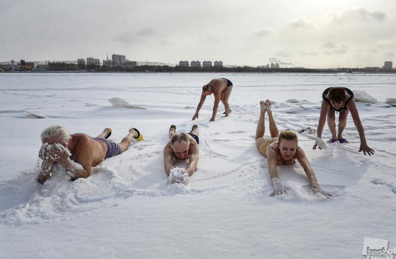 """Оздоровительный клуб """"Амурские моржи"""" в Благовещенске"""