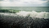 Волны на черном