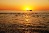 Черное море на закате.
