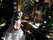 Ангелы в храме.Тайком от мамы с папой.