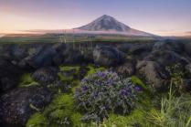 Рассвет над вулканом